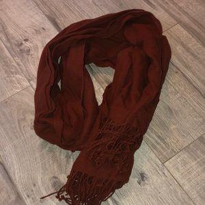 Aritzia scarf rusty color